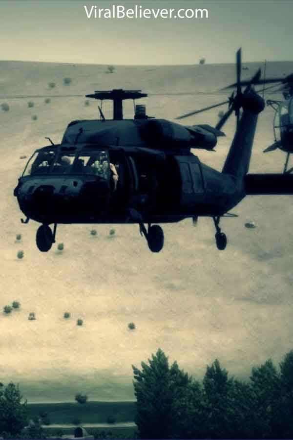 image of a black hawk helicopter